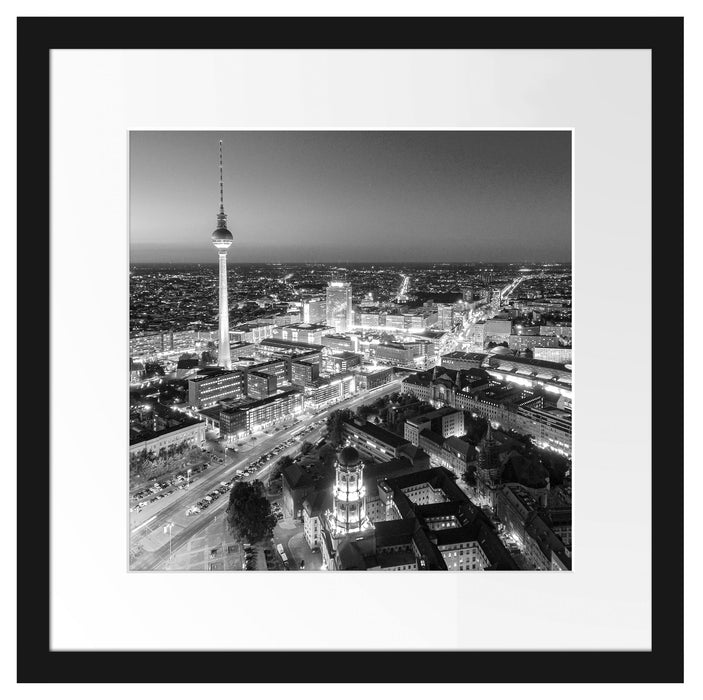 Berlin City Panorama Kunst B&W Passepartout Quadratisch 40x40