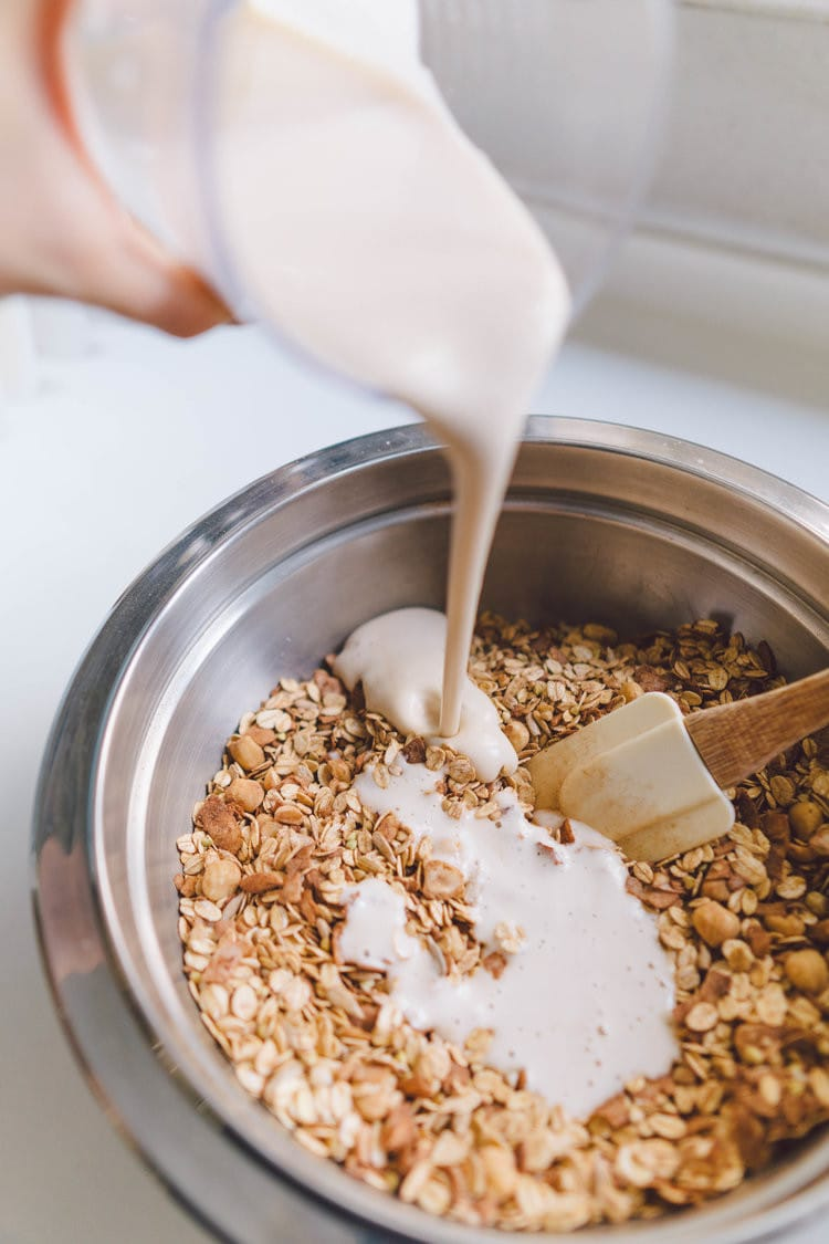 Oil-Free Superfood Cacao, Maca Granola with Hazelnuts &