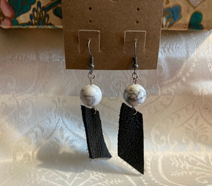 Howlite and Black leather