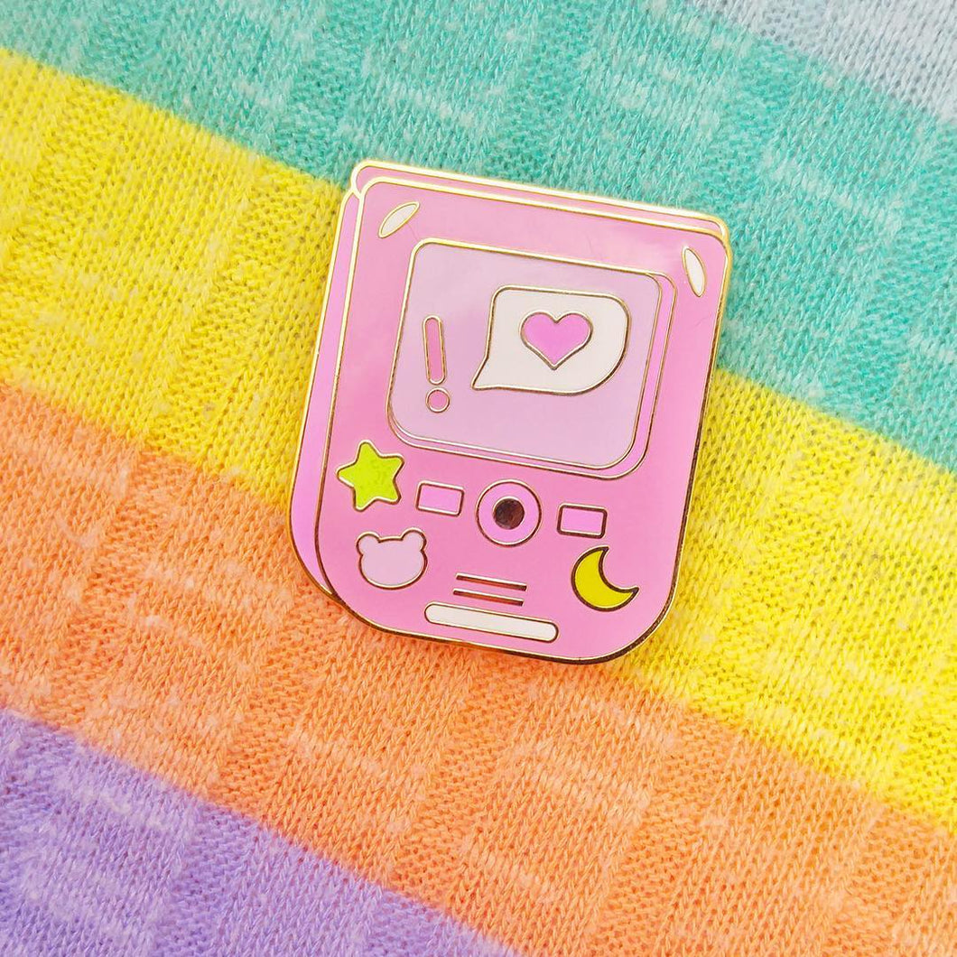 Kawaii Flip Phone Hard Enamel Pin