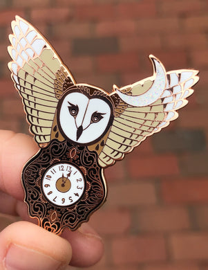 Labyrinth Owl Pin Clock