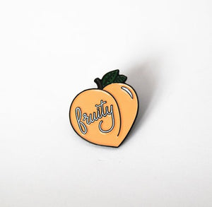 FRUITY PEACH ENAMEL LAPEL PIN