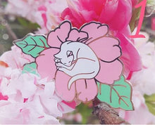 Load image into Gallery viewer, Flower cats hard enamel pins