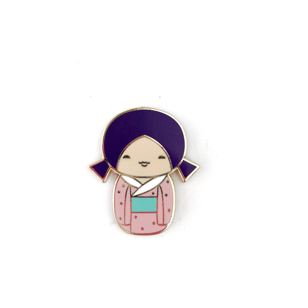 KAWAII KOKESHI DOLL LAPEL PIN• PURPLE PIGTAILS