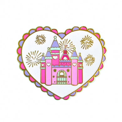 HEART CASTLE - ENAMEL PIN
