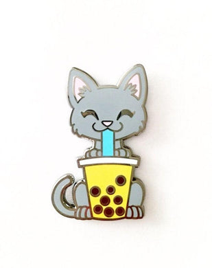 Gray Kitty with Thai Tea