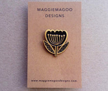Load image into Gallery viewer, Flower enamel pin brooch, black and gold metal