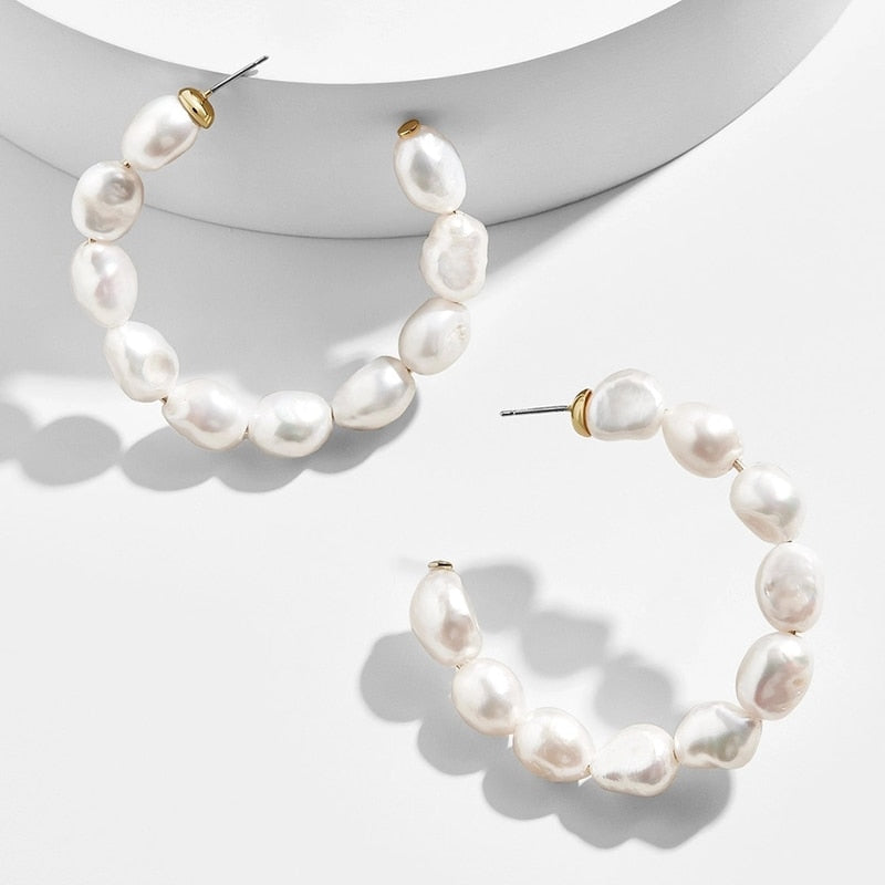 Zoe Pearl Earrings