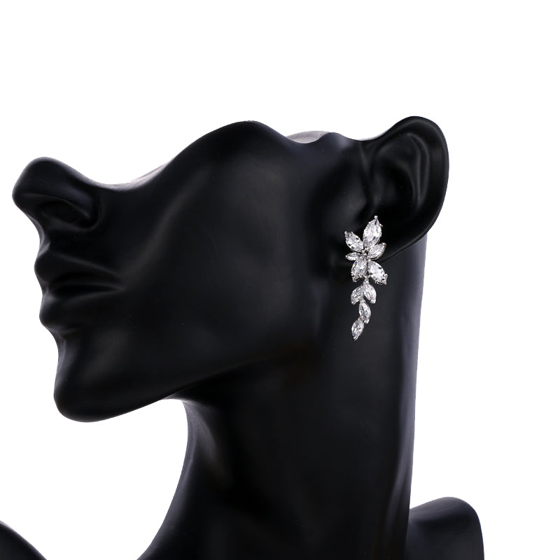 Zinnia Crystal Earrings