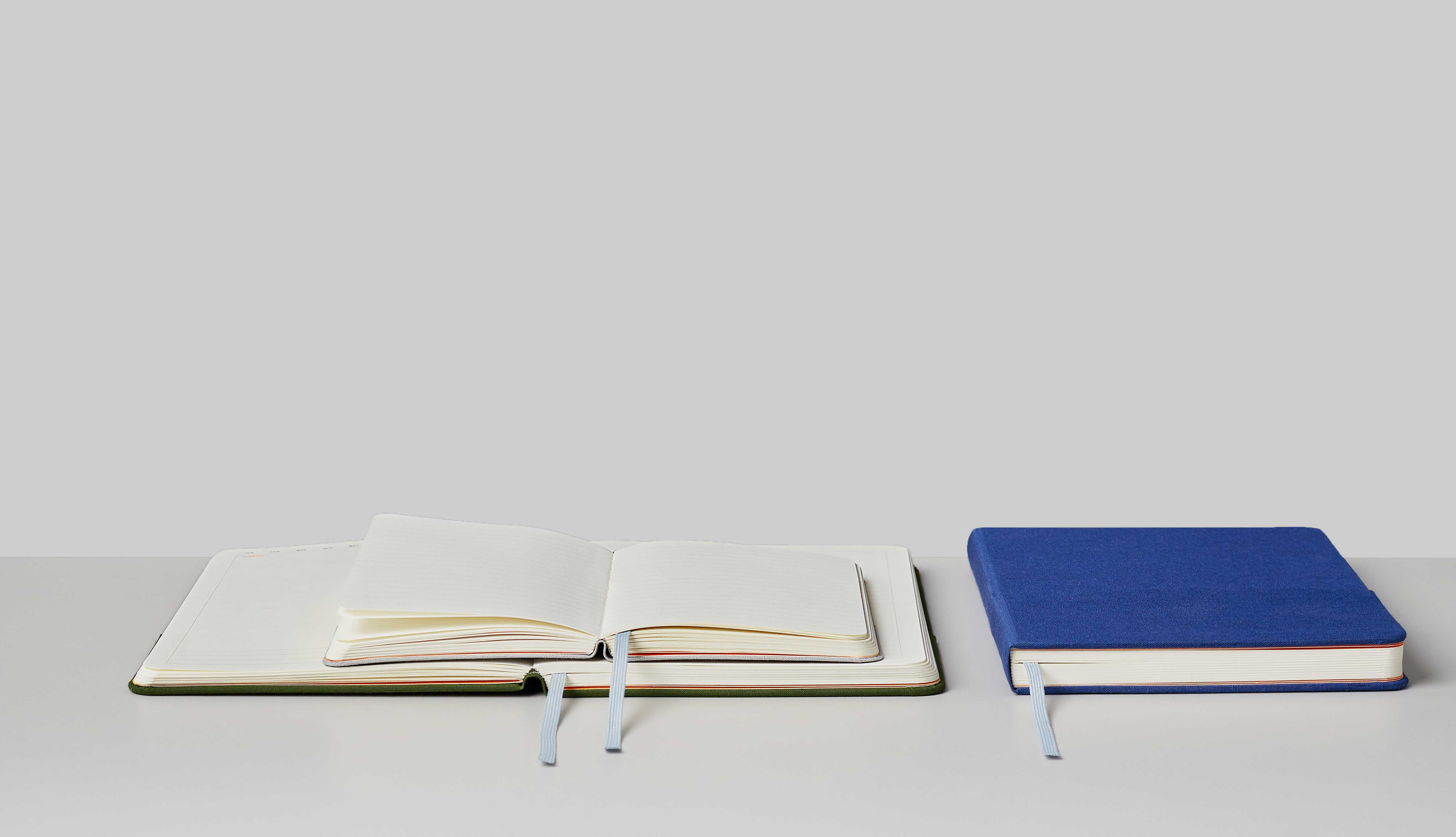 full<h3>Opens Flat</h3><p>Your great ideas deserve a smooth takeoff. Summorie notebooks are designed to open flat for that borderless feel.</p>