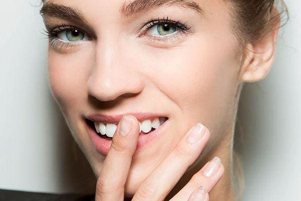 Guide For Strong And Healthy Nails