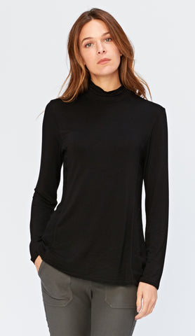 Senta Turtleneck