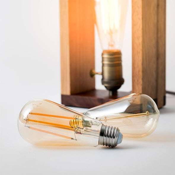 Edison bulb with wooden lamp
