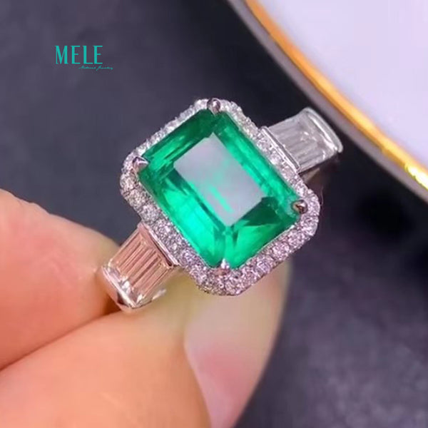 New products Natural Emerald  Ring  Incidental GRD international certificate VVG Micro oil Main stone 2.81ct Diamonds 0.46ct