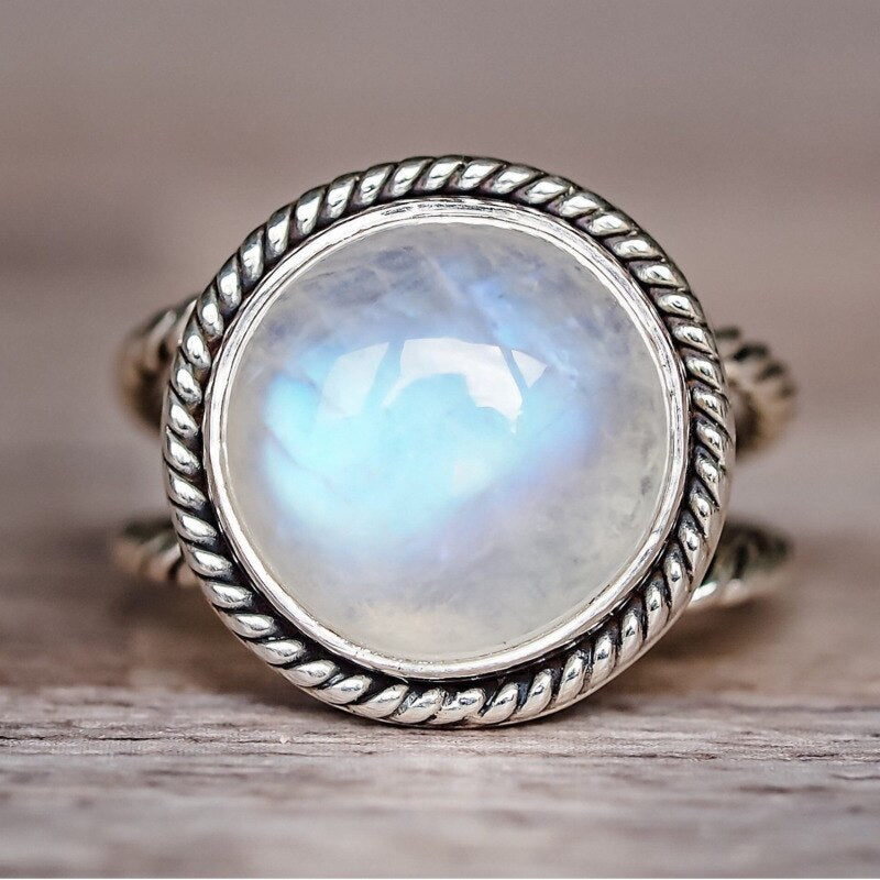 925 Silver Jewelry Similar Circular Moonstone Ring Retro Luxury Fashion Party Simple Generous Ring  Gift Drop shipping