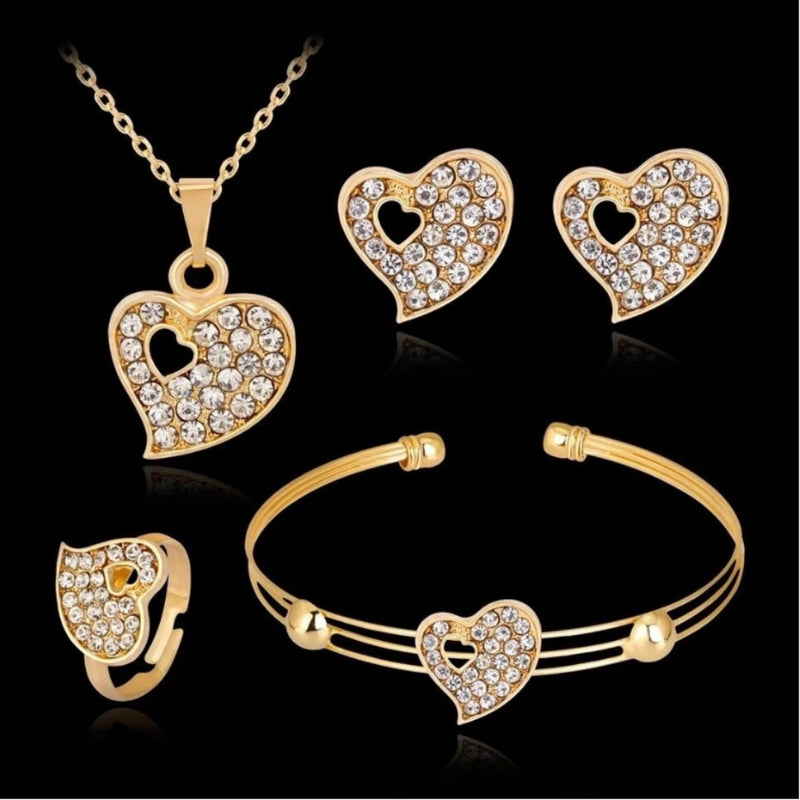 Fashion inlaid crystal peach heart hollow golden jewelry set for woman Korean style new wedding banquet jewelry gift hot sale