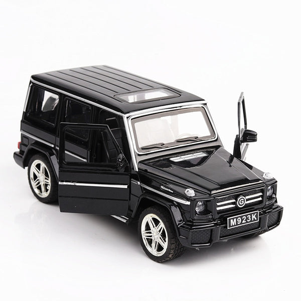 1:24 G65 SUV AMG Alloy Pull Back Model Car Toy with Sound Light Pull Back Toy Car Toys White Black for Boys Children Gift