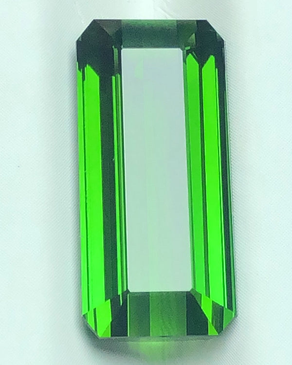 Natural green tourmaline 9*18.9*7.1mm 12.39ct square crystal all-clear pendantRingBracelet matching stone DesignerDIYCustomized