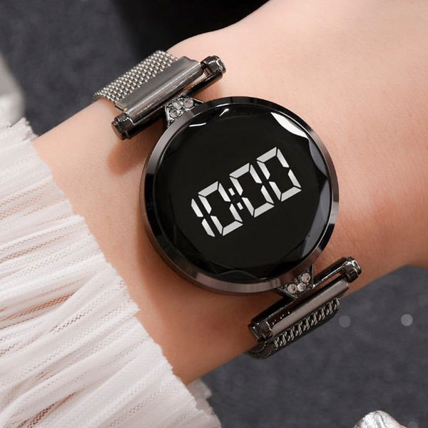 Fashion Women's Watches Sports Alloy Magnet Ore Glass Dial Quartz Watch Luxury Digital Wrist Watches Clock Women's Montre femme