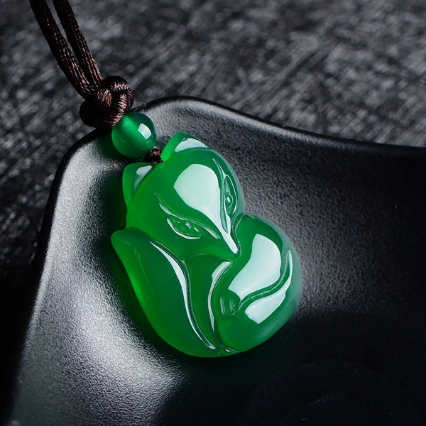 Natural Green White Chinese Chalcedony Jade Fox Pendant Necklace Fashion Charm Jewelry Carved Amulet Gifts for Women Men