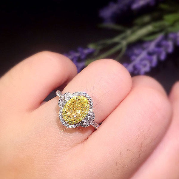 1ct 6mm 18K White Gold Center Yellow Oval Cut Moissanite Halo Ring Side Stones Ring Engagment Wedding Ring For Women