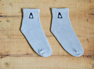 Grey Quarter Socks<span class='divider'> | </span><span class='material'>Bamboo <img class='product-icon' src='https://cdn.shopify.com/s/files/1/0071/2087/9673/files/bamboo.png?7221612615797513241'></span> - Aslee