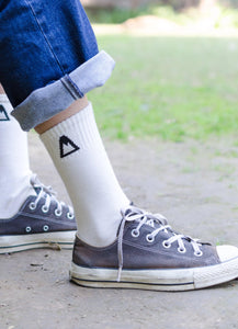 White Crew Socks<span class='divider'> | </span><span class='material'>Bamboo <img class='product-icon' src='https://cdn.shopify.com/s/files/1/0071/2087/9673/files/bamboo.png?7221612615797513241'></span> - Aslee