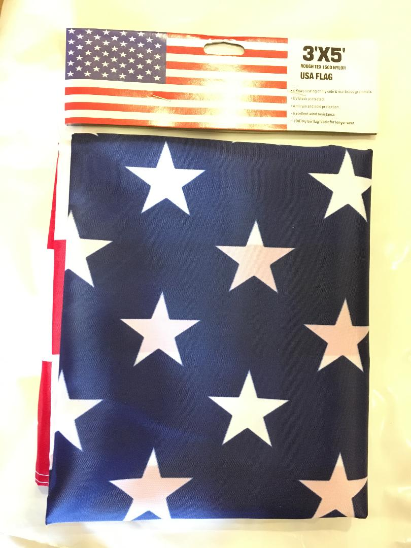 12 3'X5' AMERICAN FLAGS 68D ROUGH TEX POLYESTER U.S.A. FLAGS... FLAGS BY THE DOZEN WHOLESALE PER DESIGN!