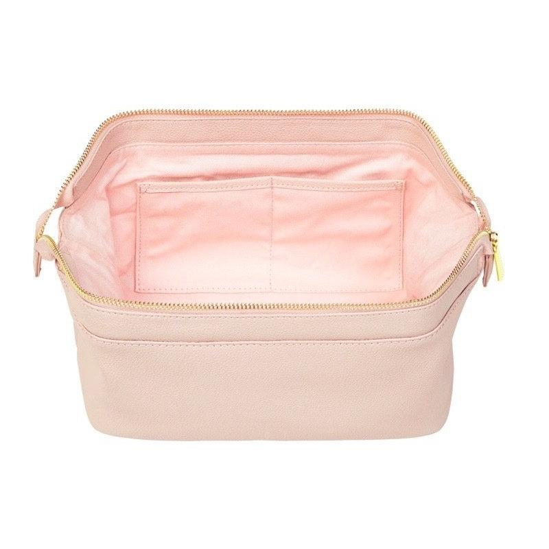 FINE LEATHER TRAVEL TOILETRY BAG IN BLUSH