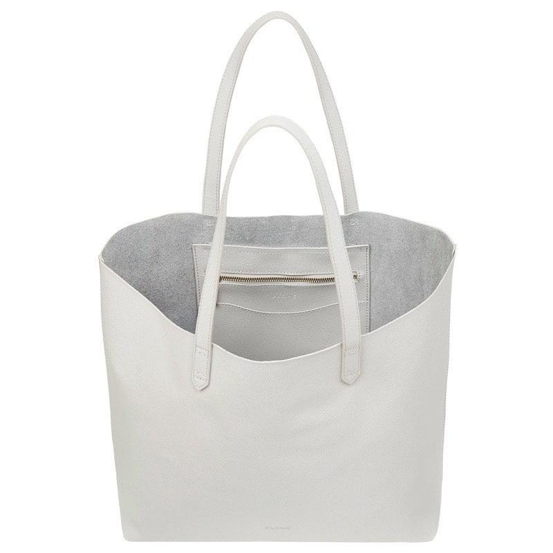 WOMENS FINE LEATHER TOTE IN STORM
