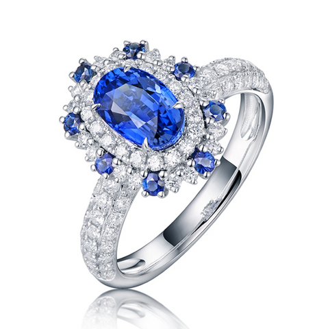18K White Gold 1.57Ct Oval Sapphire Halo Ring