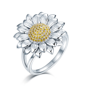 18K White Gold 0.3Ct Yellow Diamond Ring - Medusa Jewels