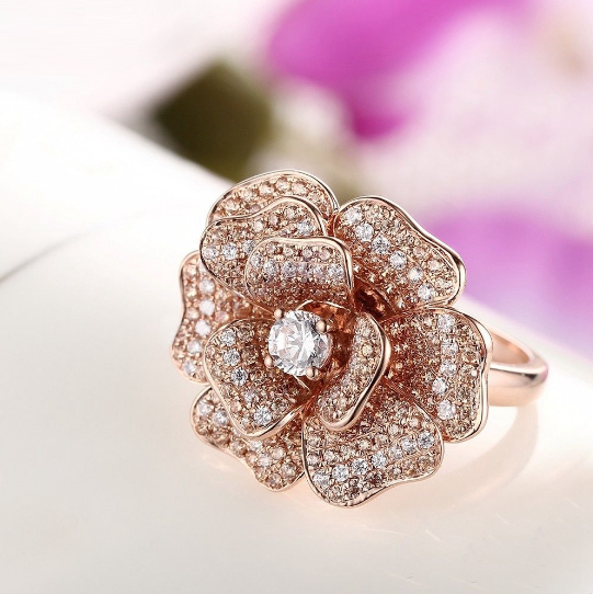 925 Sterling Silver 0.44Ct Zircon Flower Ring - Medusa Jewels