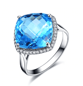 18K White Gold Clear Blue 7.0Ct Topaz & 0.18Ct Diamond Ring - Medusa Jewels
