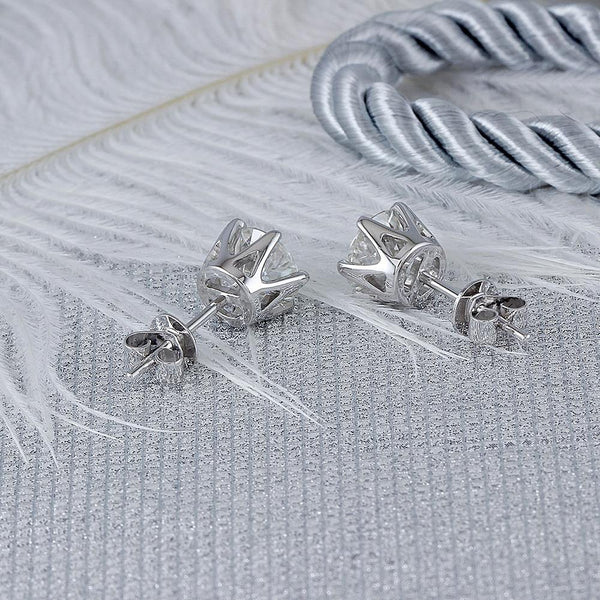 14K White Gold 1ct Moissanite Stud Earrings