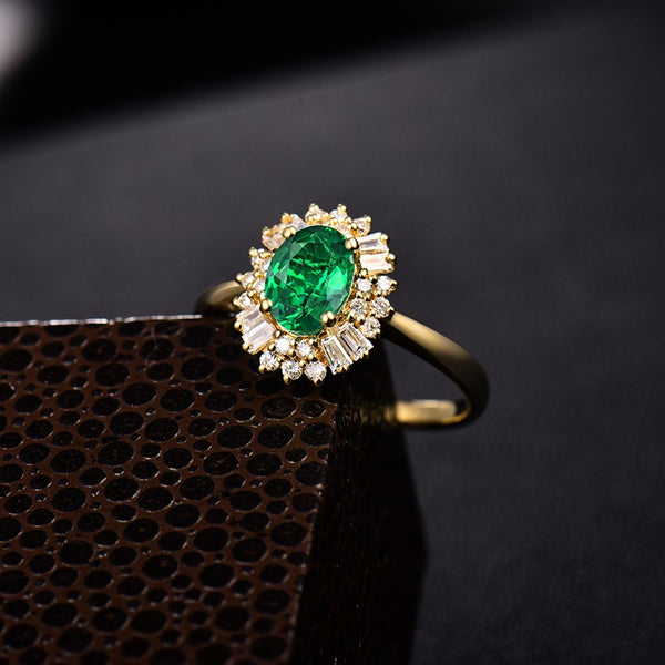 14K Yellow Gold Colombia Emeralds & Diamonds Ring - Medusa Jewels