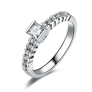 18K White Gold Princess Cut 0.24Ct Diamonds Ring - Medusa Jewels