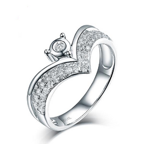 14K White Gold Crown Diamond Wedding Ring - Medusa Jewels