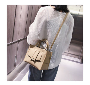 Buckle Bag in Taupe - look-bags
