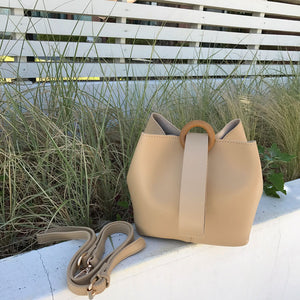 Hana Bucket Bag in Cream - look-bags