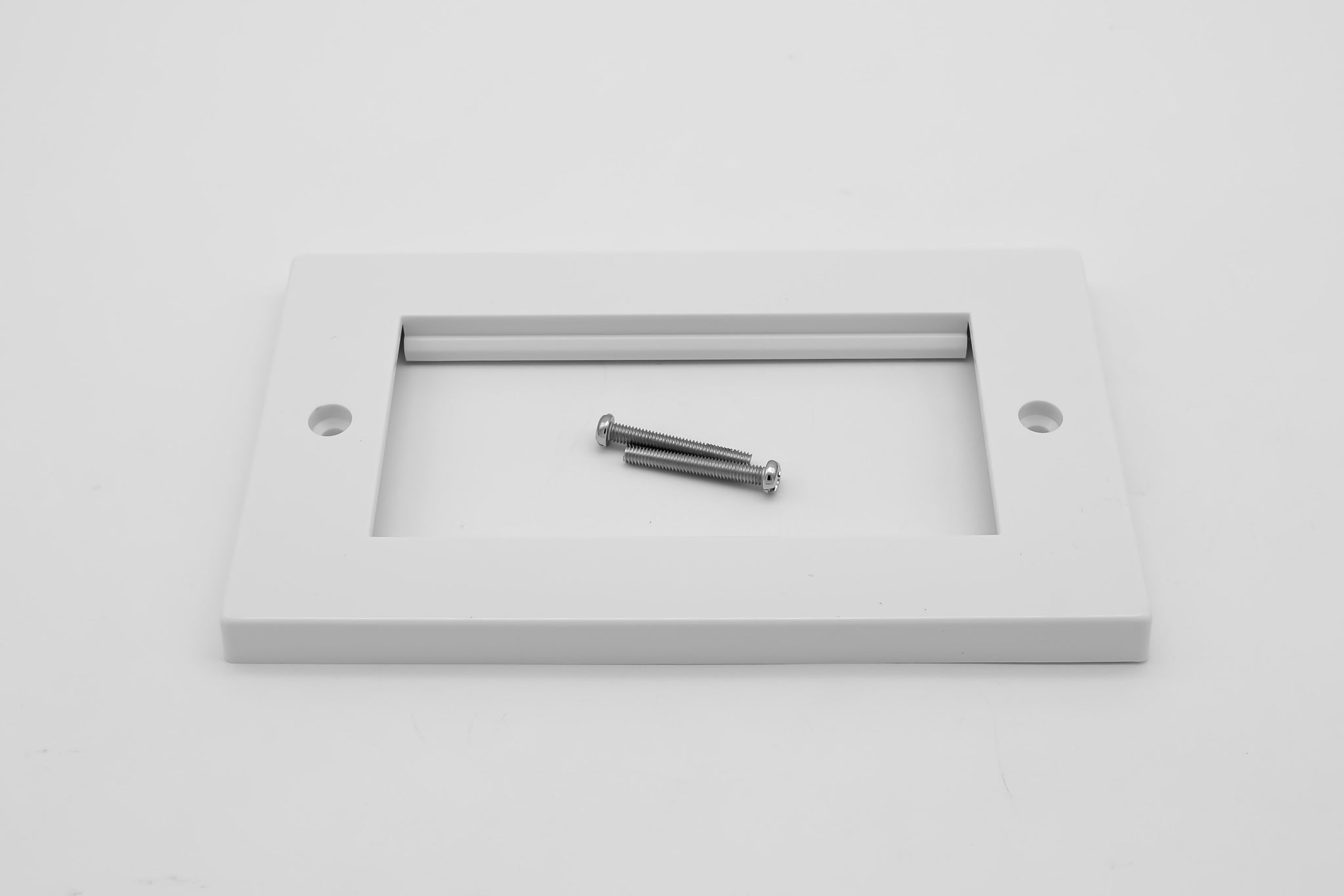 Low Profile Double Gang (4 Slot) Faceplate for 4 x Euro Modules -  White