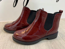Load image into Gallery viewer, Wine Chunky Chelsea Boots