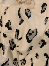 Load image into Gallery viewer, Animal Wide Print Joggers - chichappensboutique