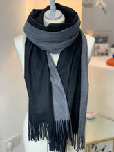 Load image into Gallery viewer, Contrast Cosy Warm Scarf (various colours) - chichappensboutique