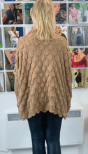 Load image into Gallery viewer, Feather Knit - chichappensboutique