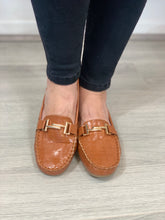 Load image into Gallery viewer, Tan Loafers - chichappensboutique