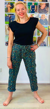 Load image into Gallery viewer, Metallic animal joggers - chichappensboutique