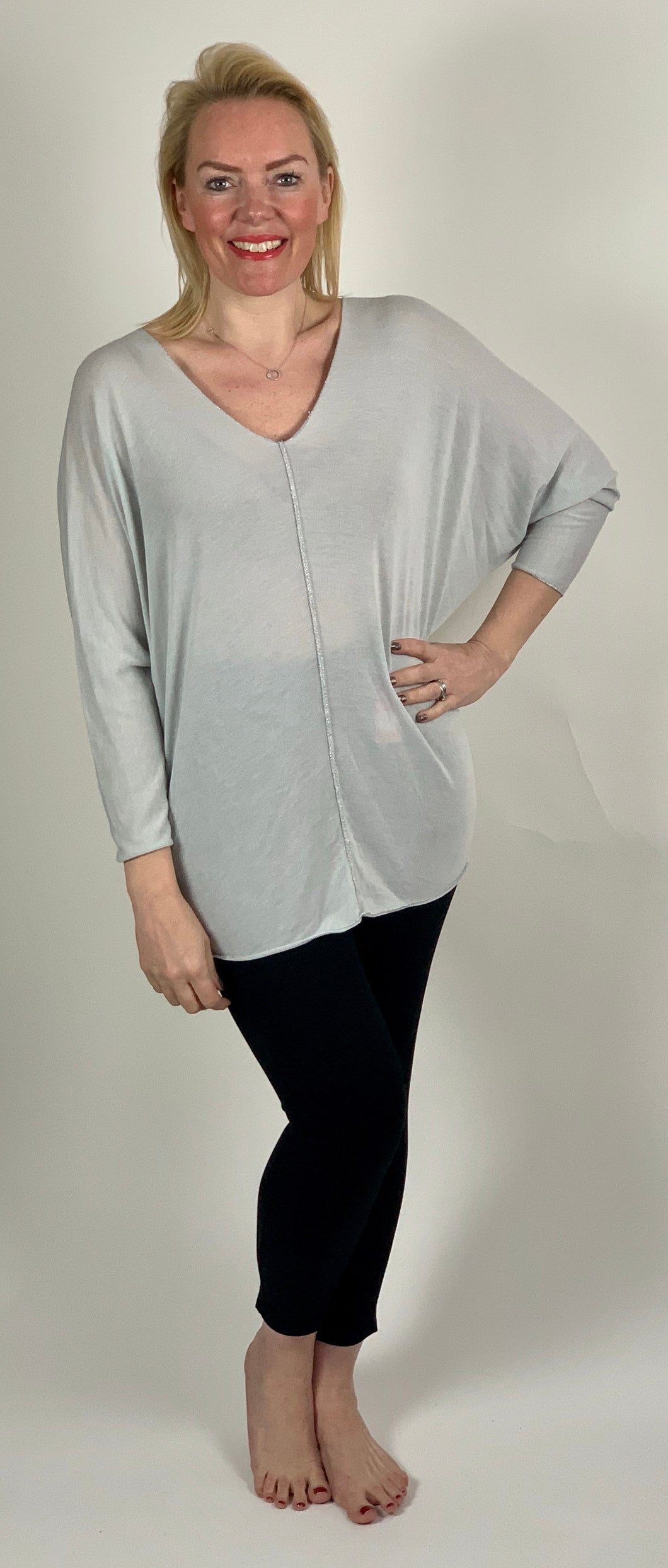 Soft Fine Knit with V-Neck - chichappensboutique
