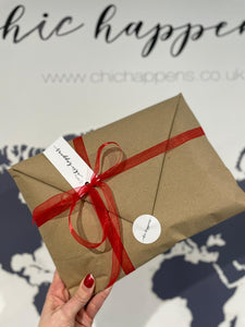 Festive Gift Wrapping - chichappensboutique