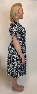 Eli White Monochrome Leaf Dress - chichappensboutique